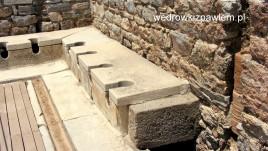 13. Efes