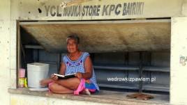 06- sklepik w Bairiki