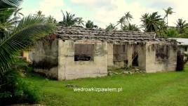 16- Niue, opuszczone domy