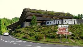 12-ruiny-hotelu-nad-siete-cidades