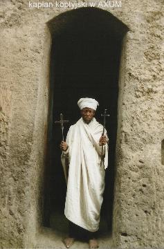 kaplan koptyjski w AXUM,Lalibela,Axum,kosciol koptyjski,