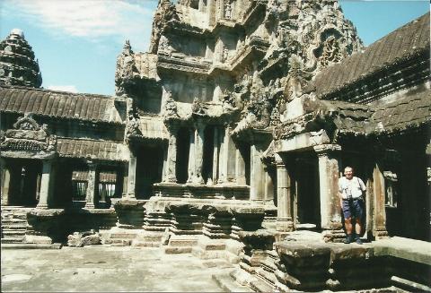 daleki wschod,Azja,Pnom Pen, Angkr Vat, razim Pol Pota, oboz konnentracyjny, Mekong,podroznik,