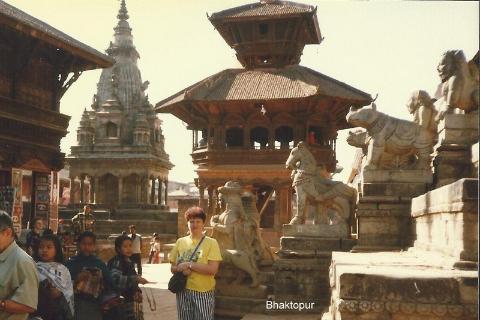 Bhaktopur,Mont Everest, slonie, chitwan, prelekcje, spotkania,filmy, podroznicze, wedrowka w nieznane,