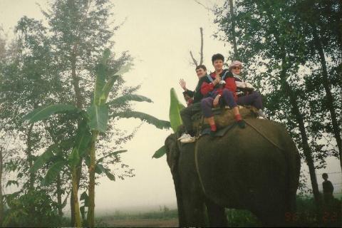 Mont Everest, slonie, chitwan, prelekcje, spotkania,filmy, podroznicze, wedrowka w nieznane,