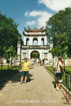 Hanoi, swiatynia Literatury,Azja, hue,hanoi,halong, prelekcje,spotkania,fimy podroznicze,podroznik,