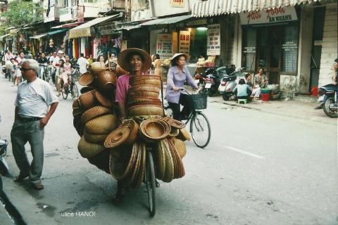 ulice HANOI,Azja, hue,hanoi,halong, prelekcje,spotkania,fimy  podroznicze,podroznik,