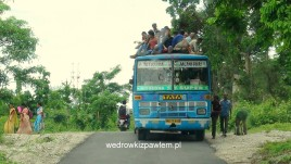 30- autobus z Totapara do Jalpaiguri