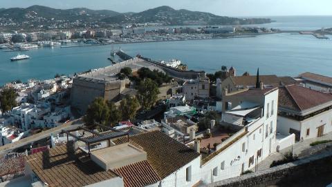 archipelag Balearów, Ibiza, Formentera,Elvissa, forteca dalt villa, morze śródziemne, wyspa,Paweł krzyk,podróżnik,