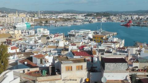 port w Elvissa,archipelag Balearów, Ibiza, Formentera,Elvissa, forteca dalt villa, morze śródziemne, wyspa,Paweł krzyk,podróżnik,