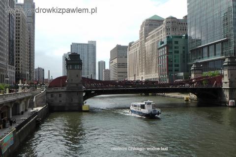 podroznik,lodzki globtroter Pawel Krzyk:centrum Chicago- wodne taxi. W czasie tej podrózy odwiedzilem stolicę...