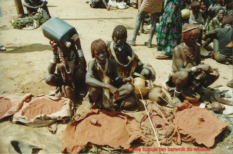 tu sie kupuje ten barwnik do wlosow,Afryka,Addis Abeba,plemiona , Omo,Hamar,Hamer,Mursi.Bana
