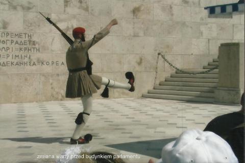 zmiana warty przed budynkiem parlamentu,Europa,Ateny,mitologia grecka,Peloponez,kanal koryncki,wiszace meteory,the Saloniki,