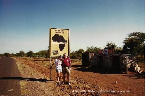 04.02.2002 18-te urodziny Kasi na rowniku,Afryka,zoo,zwierzeta, Masaj mara, sarangeti,bawoly, krokodyle,gnu,Masaj,wioska masajow,