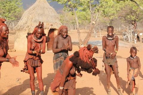 podróżnicy,polski globtroter,wedrowanie z plecakiem,tramp,fish river canion,luderitz,pustynia namib,drzewa litops,swakopmunt,Himba,