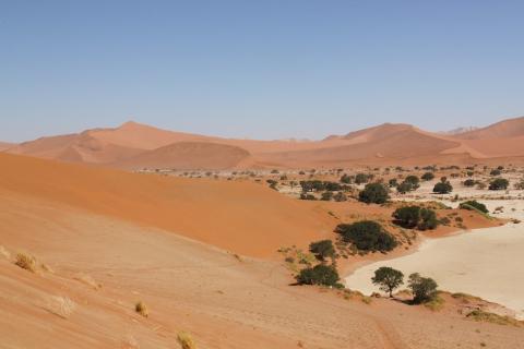 ,fish river canion,luderitz,pustynia namib,drzewa litops,swakopmunt,wydmy sesriem,wybrzeże szkieletowe,herero,plemiono himba,