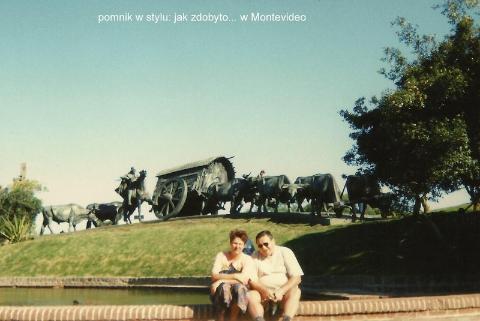pomnik w stylu: jak zdobyto... w Montevideo,Ameryka Pld.,Montevideo,la plata,punta del este,podroznicy polscy,pawel krzyk,film,